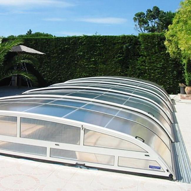 Abri pour piscine AquaComet gamme Star