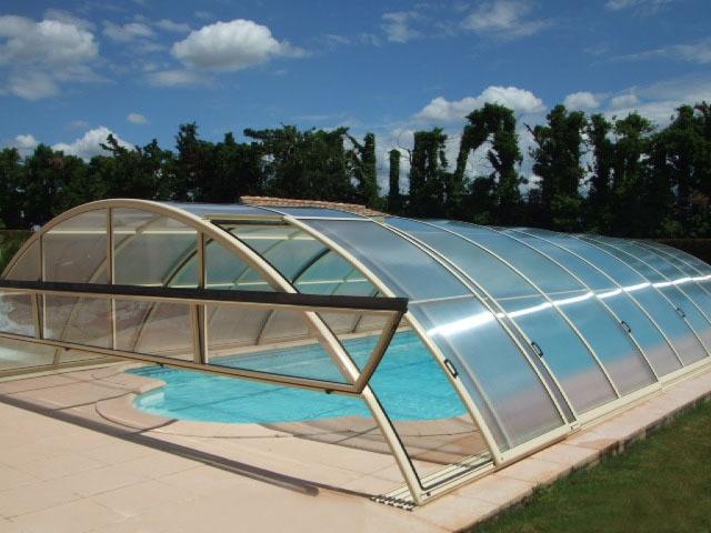 Abri pour piscine AquaComet : Sun, Sky,...